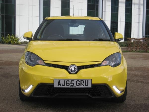 Z Scotland's 2015 MG Rover MG3